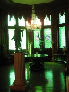 Green glass in Belcourt Castle