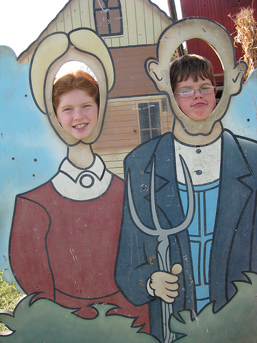 Carly and Quentin go American Gothic