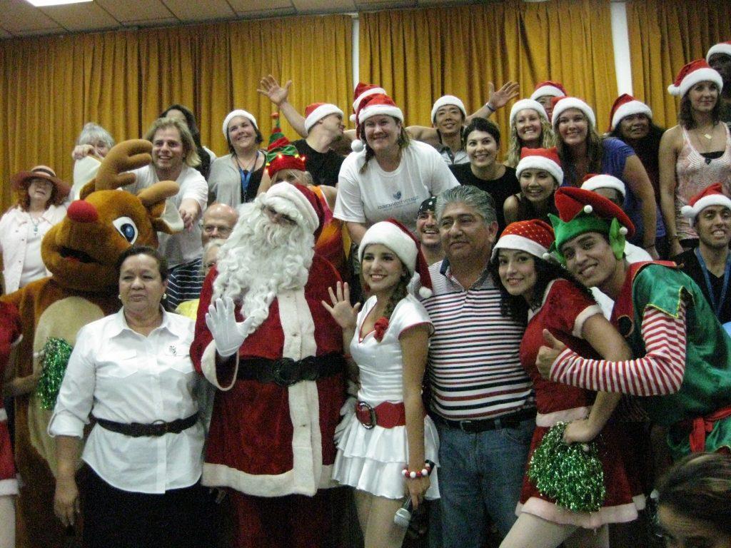 Manta, Ecuador orphanage Christmas event